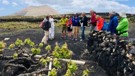 (Español) Lanzarote, vinos y paisajes para degustar